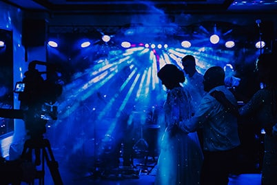 wesele taniec w dymie