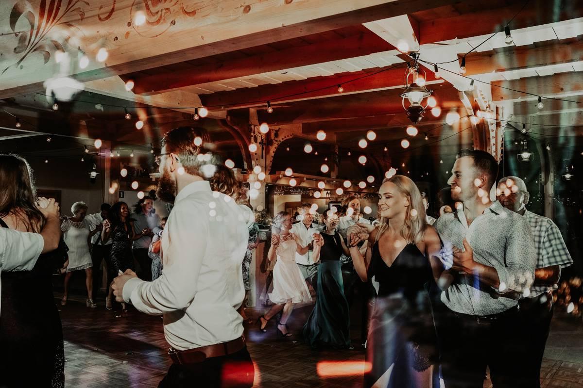 Karczma Koliba - wesele z dużą dawką dobrej energii 76