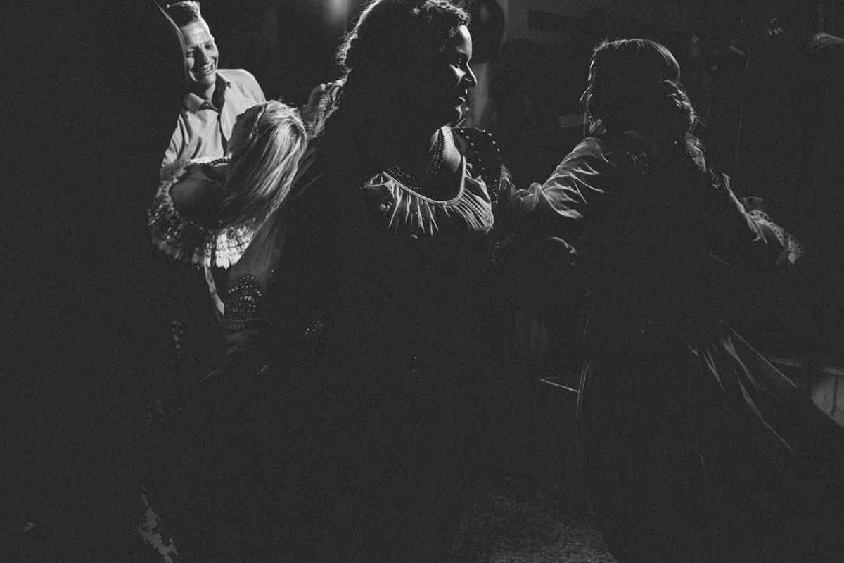 zdjęcie czarno białe wesele