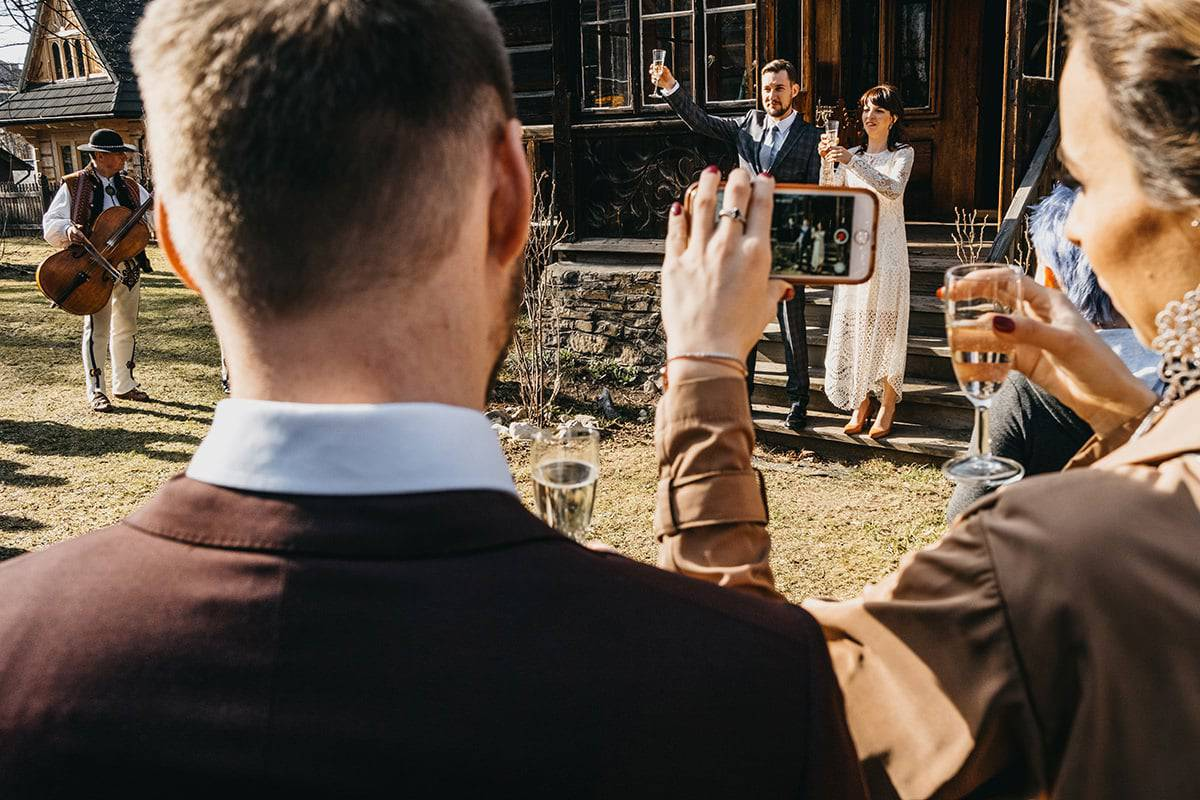 Kameralne wesele w domu 53