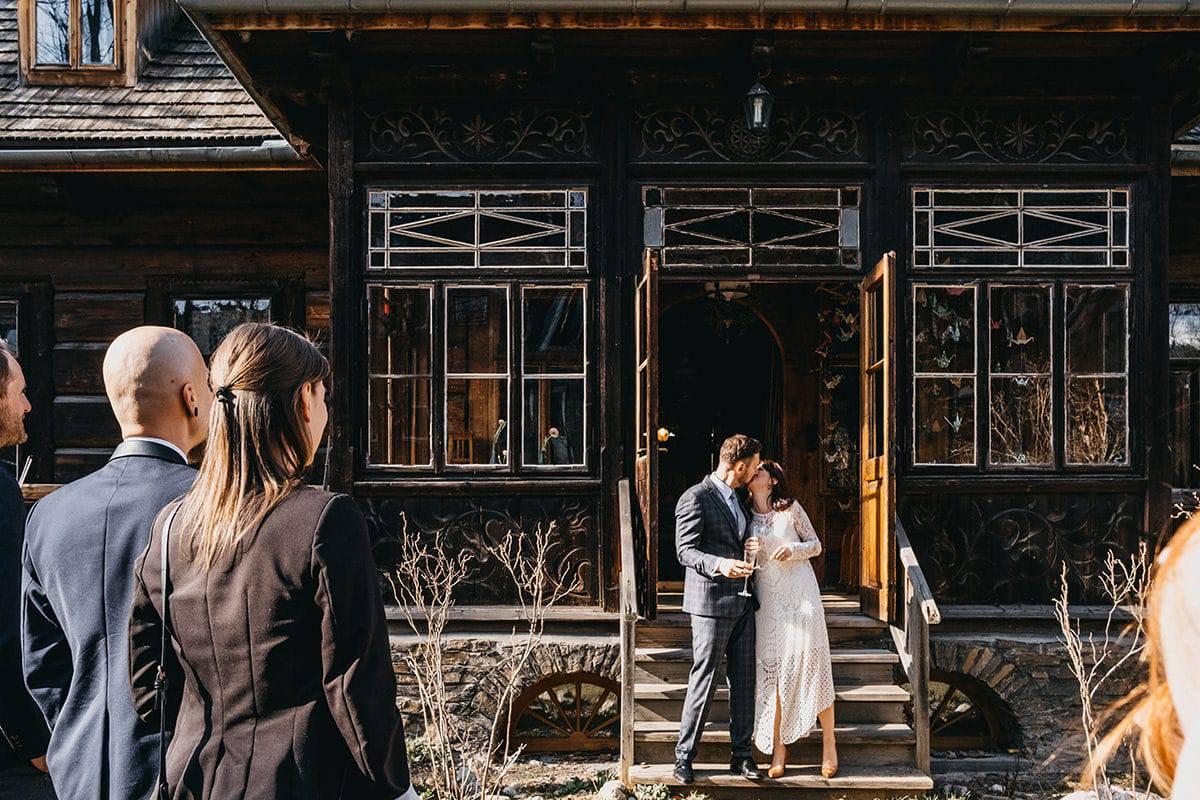 Kameralne wesele w domu 54
