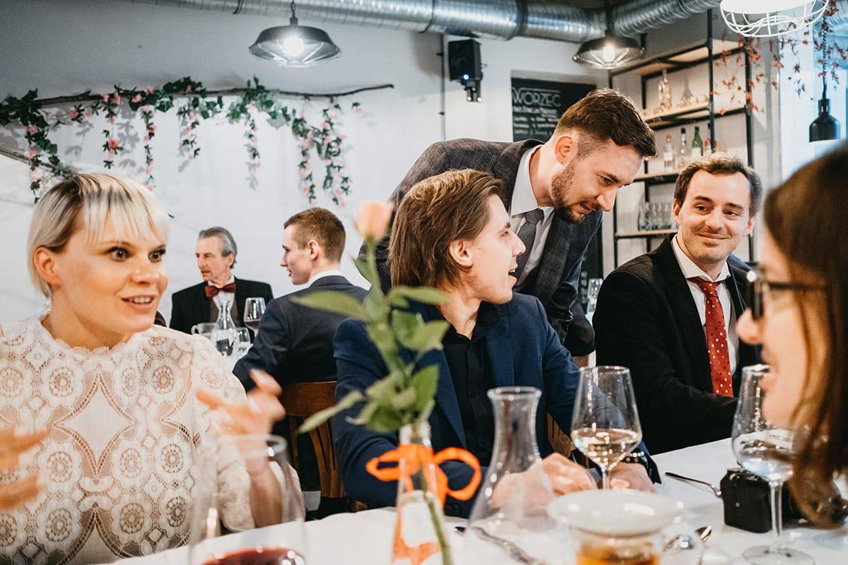 Kameralne wesele w domu 60