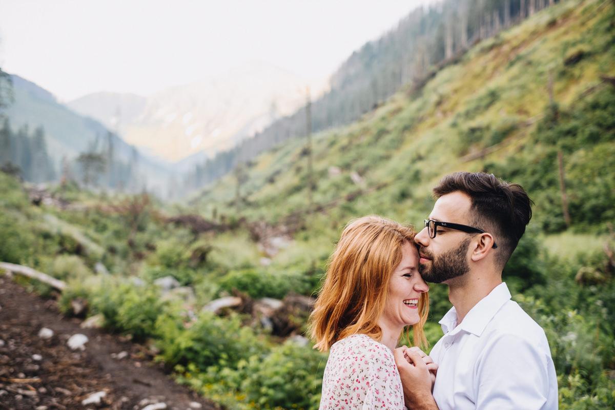 Dolina Chochołowska - sesja ślubna w Tatrach 16